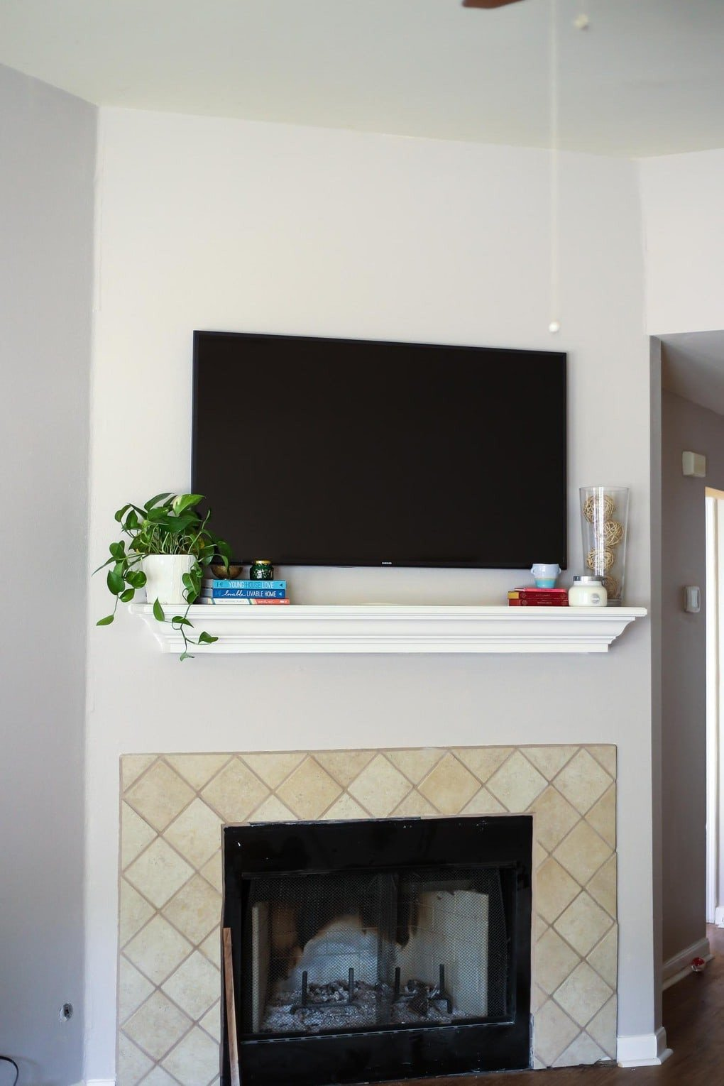 Fireplace Mantel Decor with Tv Best Of How to Decorate A Mantel with A Television