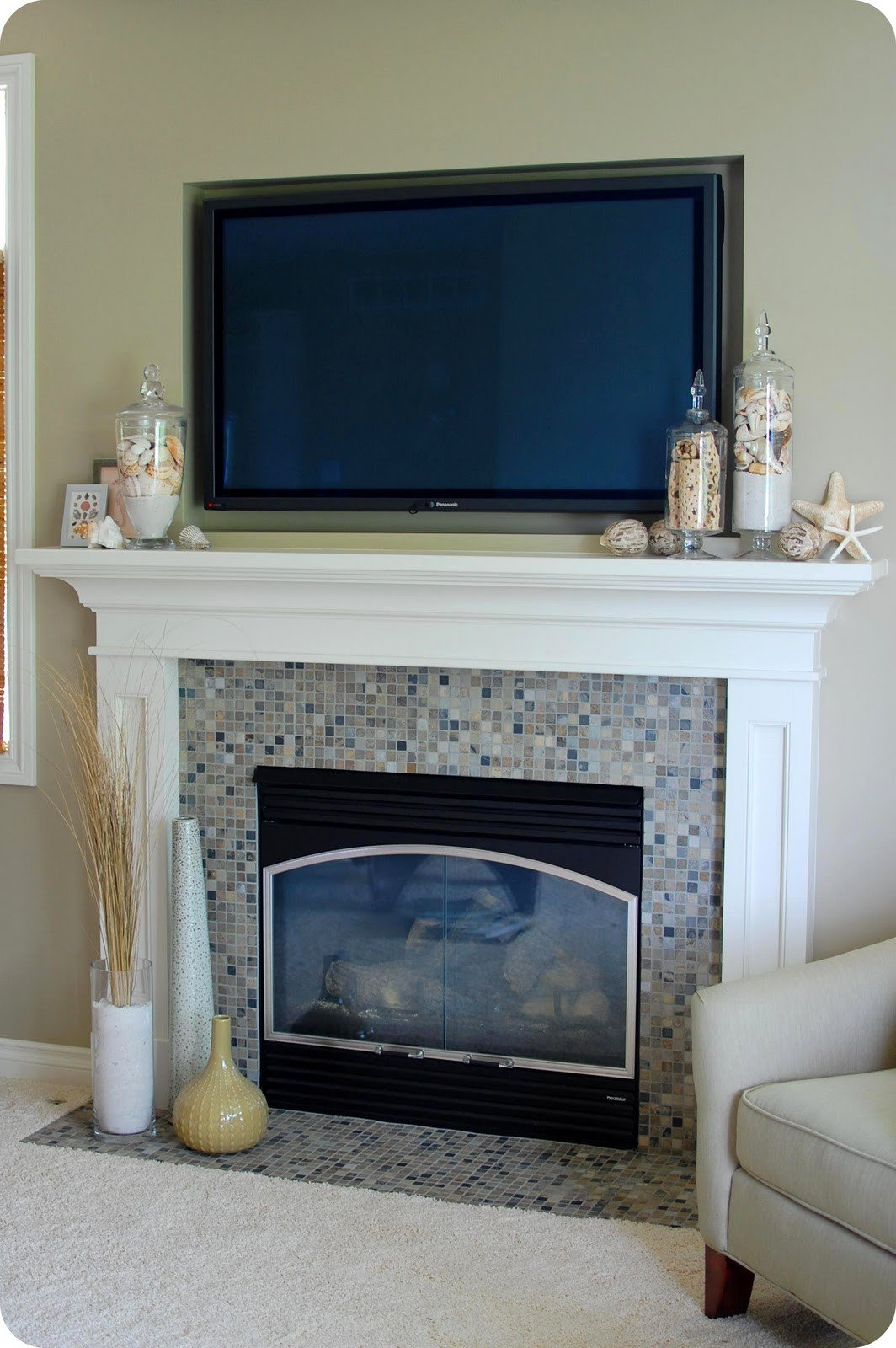 Fireplace Mantel Decor with Tv Inspirational 33 Shades Of Green Decorating Around the Tv
