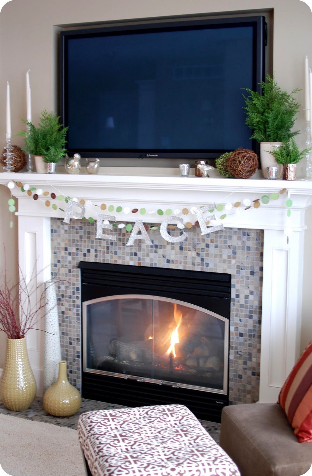Fireplace Mantel Decor with Tv Lovely 33 Shades Of Green Decorating Around the Tv