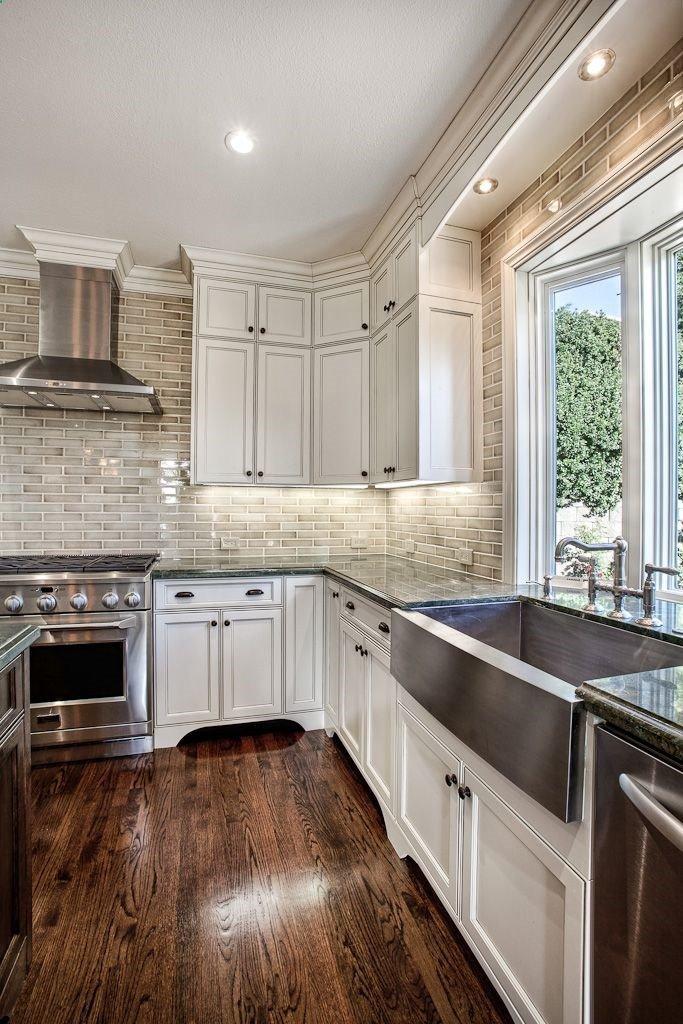 Floor and Decor Kitchen Backsplash Best Of White Cabinets Hardwood Floors and that Backsplash House Decorators Collection
