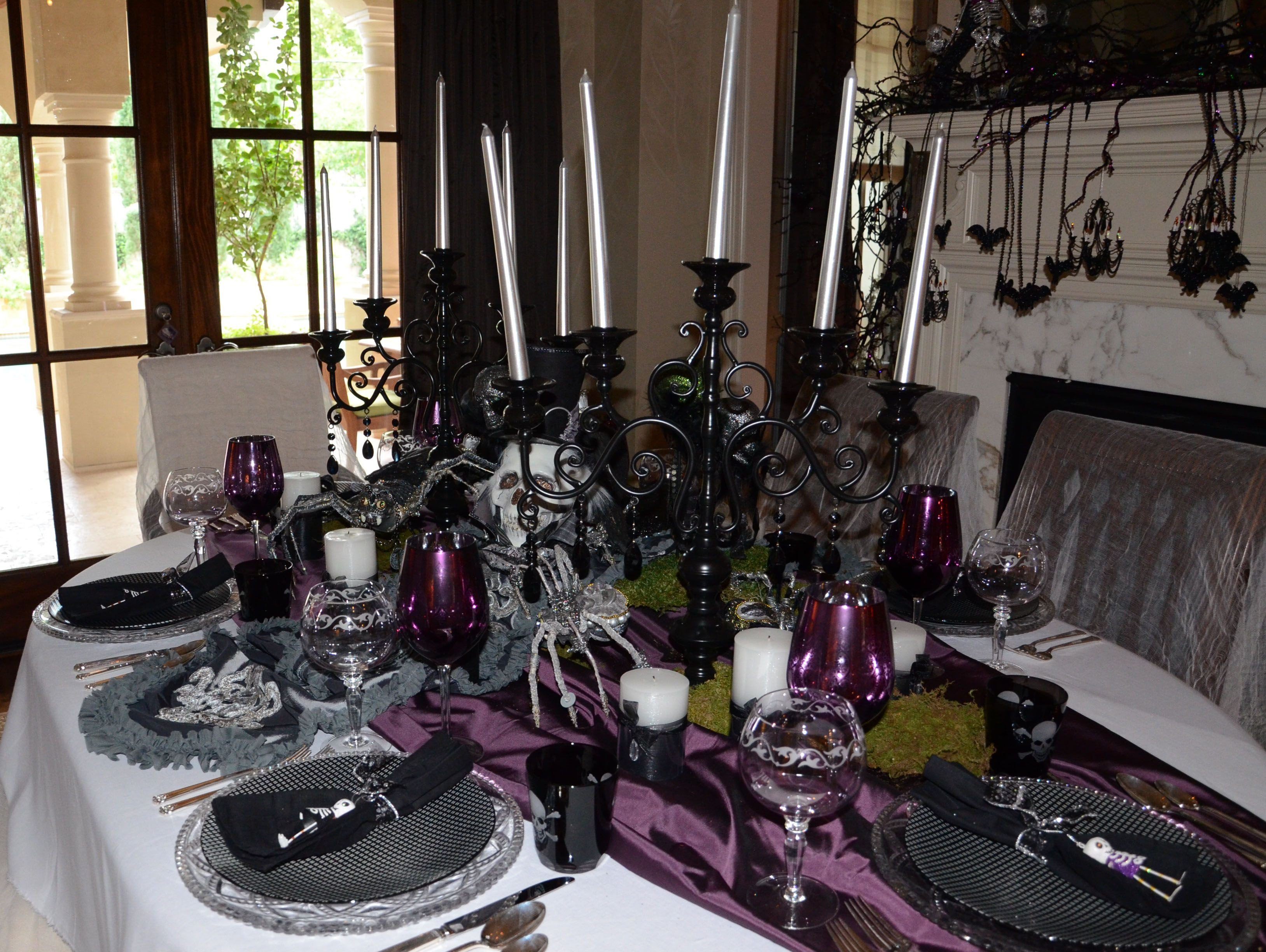 Formal Dining Room Table Decor Fresh formal Dining Table Halloween Decor Halloween Interiors Pinterest