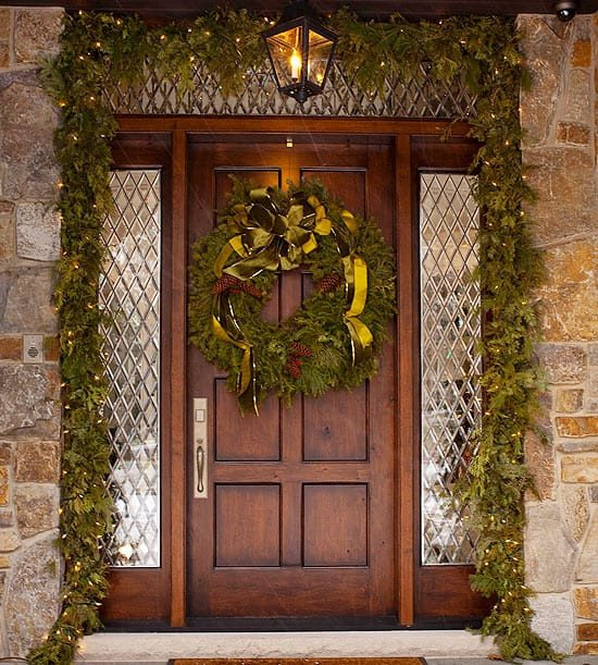 Front Door Decor for Winter Inspirational 50 Fabulous Outdoor Christmas Decorations for A Winter Wonderland