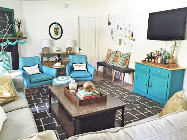 Bright fun living room on a bud