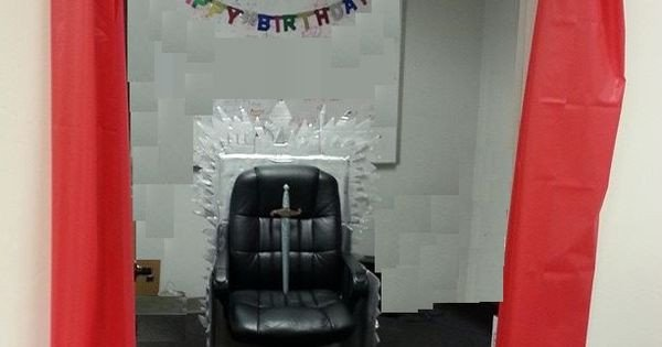 Game Of Thrones Office Decor Best Of Diy Iron Throne Game Of Thrones Lannister Fice Cubicle Decorating