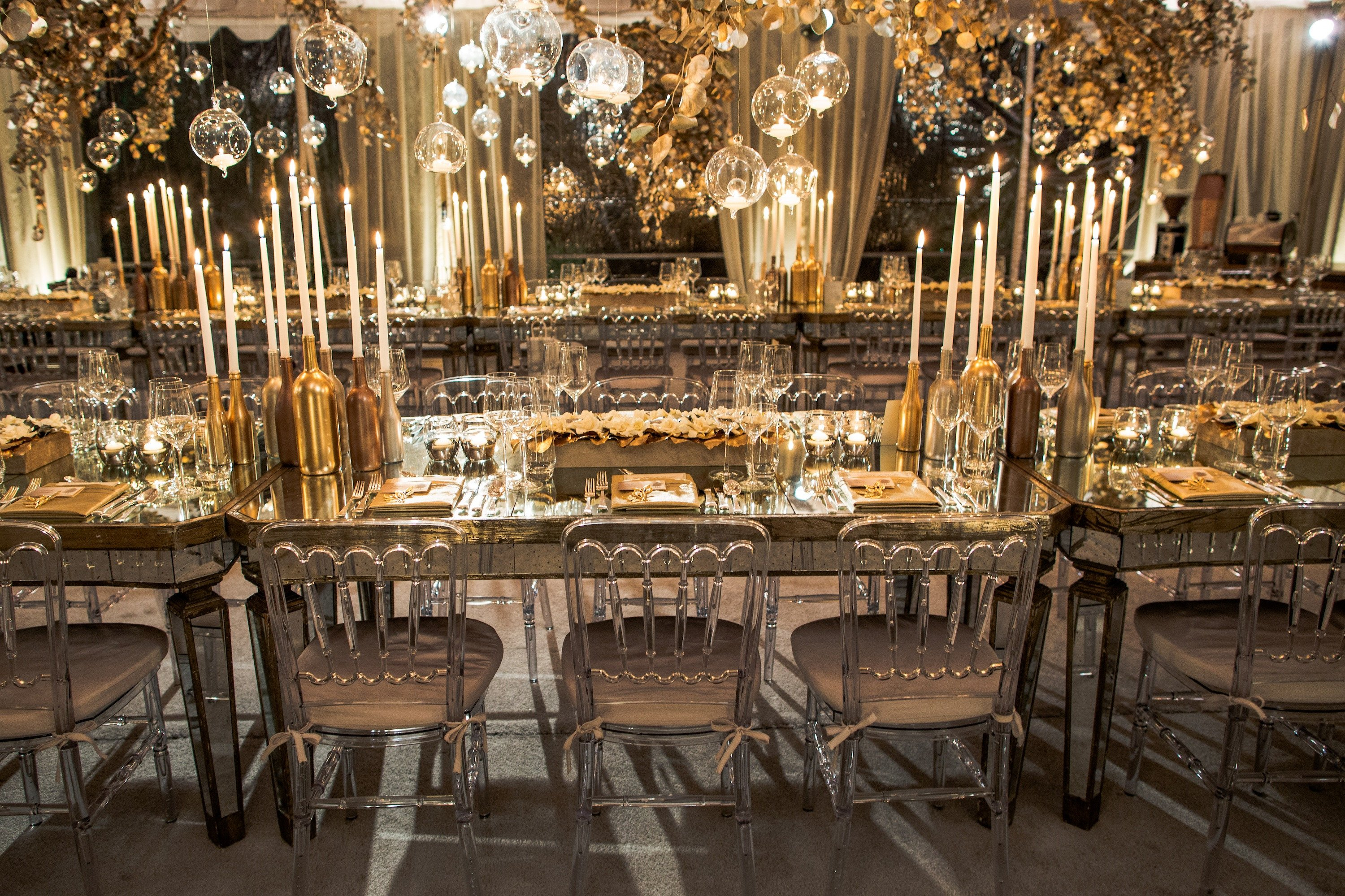 Gold and Silver Wedding Decor Luxury Wedding Inspiration Mixed Metals