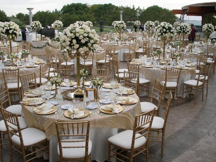 Gold and Silver Wedding Decor Unique I Do Inspiration Table top Tuesday Vintage Pink Ivory & Gold