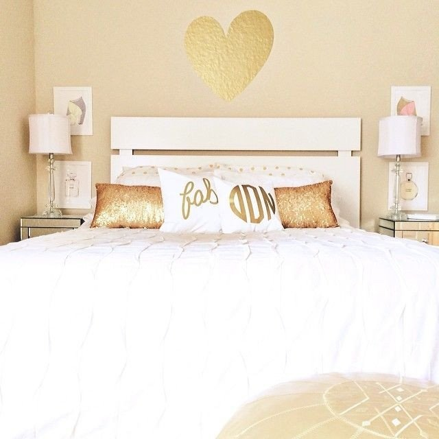 Gold and White Bedroom Decor Best Of 17 Best Ideas About Gold Rooms On Pinterest