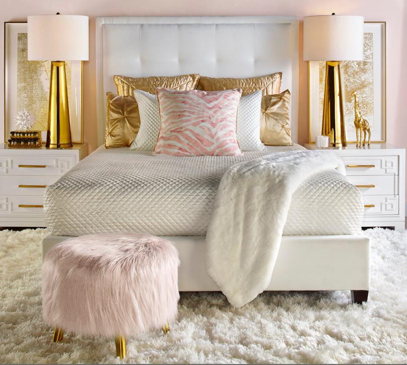 Gold and White Bedroom Decor Best Of Quarto Charmoso Dando Grande atenção Ao Puff Rose Decoração Gold Rose Que Estava E Está Super