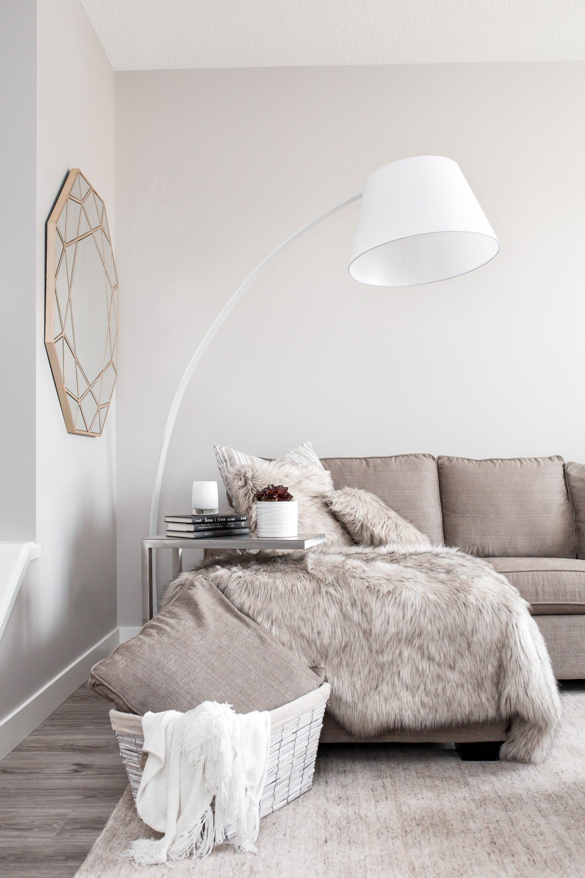 Grey and White Home Decor Elegant Scandinavian Home Decor Style Tips Friday Faves