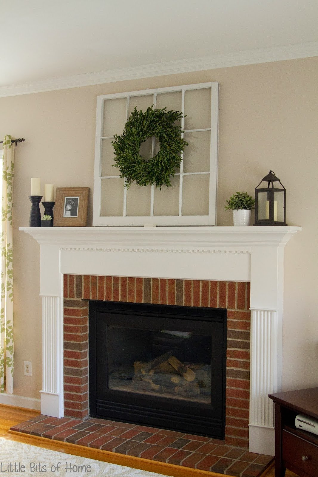 Ideas for Fireplace Mantel Decor Fresh Little Bits Of Home Everyday Fireplace Decor