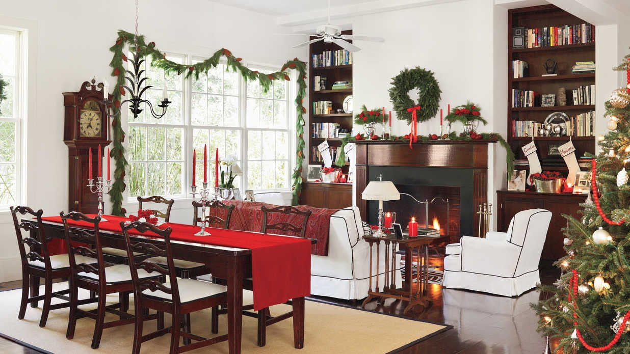 Images Of Dining Room Decor Unique Classic Christmas Decorations In the Lowcountry southern Living