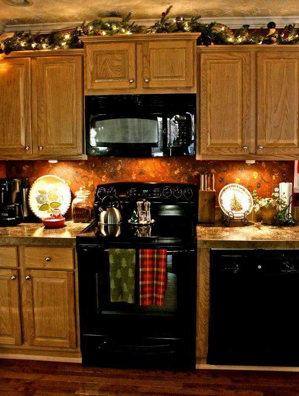 Kitchen Cabinet top Decor Ideas Awesome 45 Unique Christmas Kitchen Decorating Ideas You Shouldn T Miss During Holiday Planning