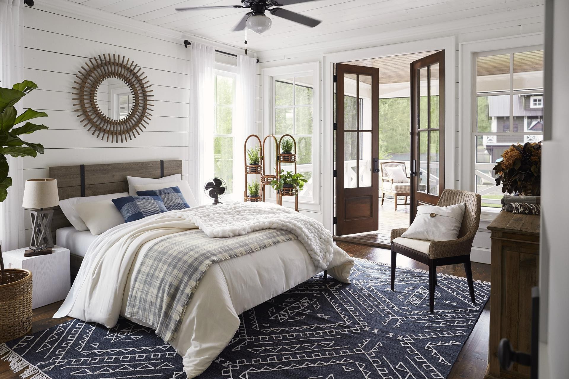 Lake House Bedroom Paint Color Ideas Furniture & Decor Ideas Setting for Four