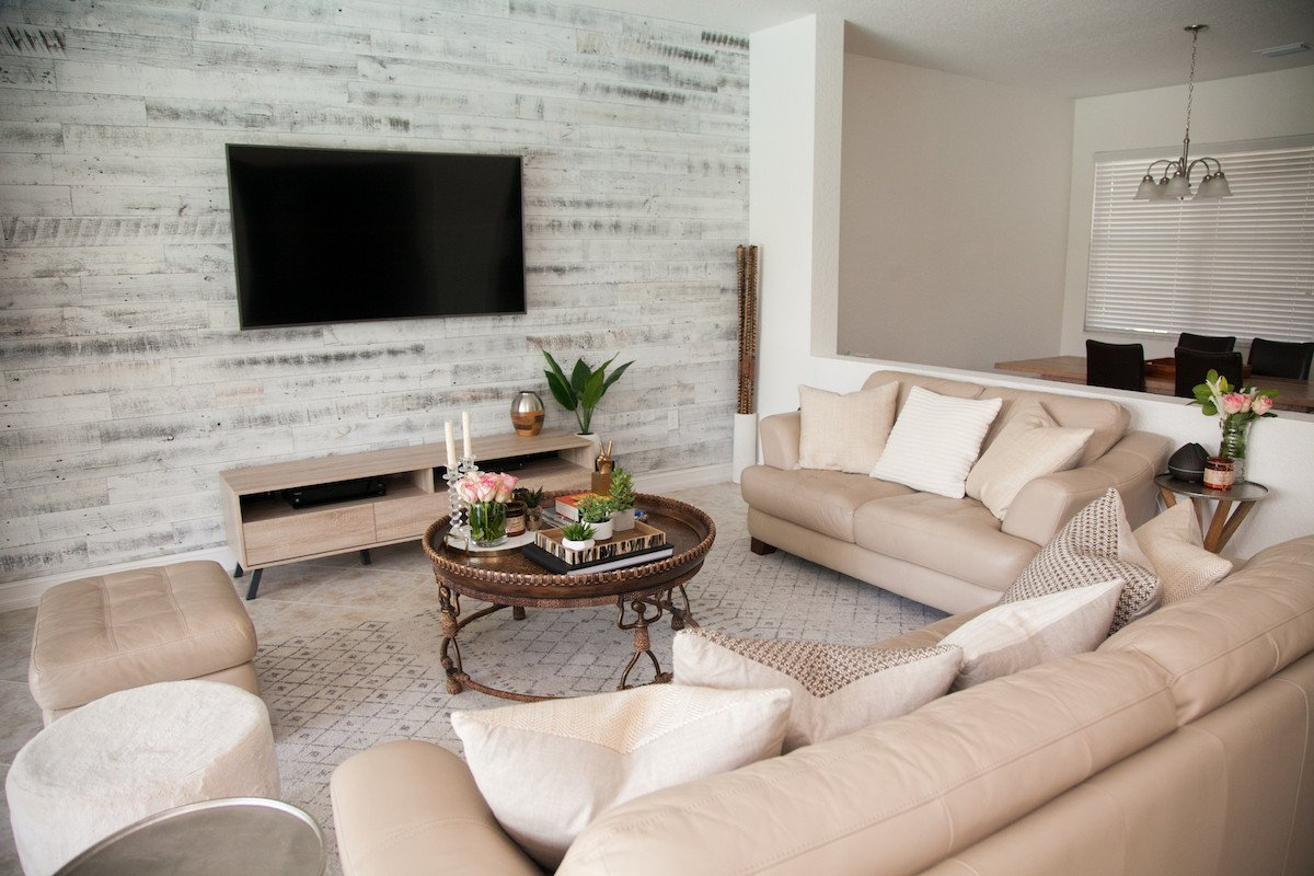 Modern Chic Living Room Decorating Ideas Beautiful Transitional Living Room Stikwood Accent Wall Sunflowers and Stilettos