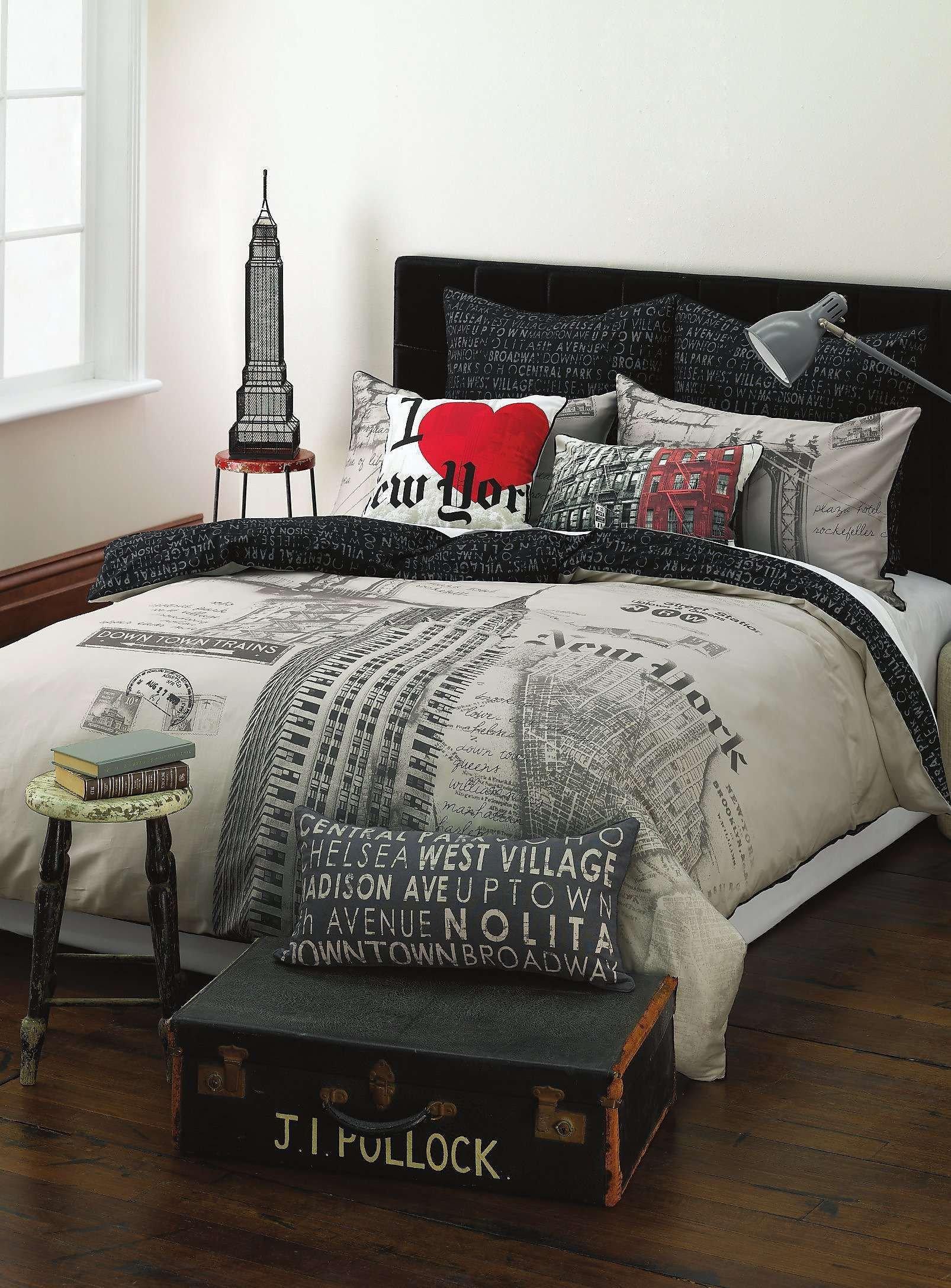 New York City Bedroom Decor Awesome New York Duvet Cover Set Maison Simons Home Decor