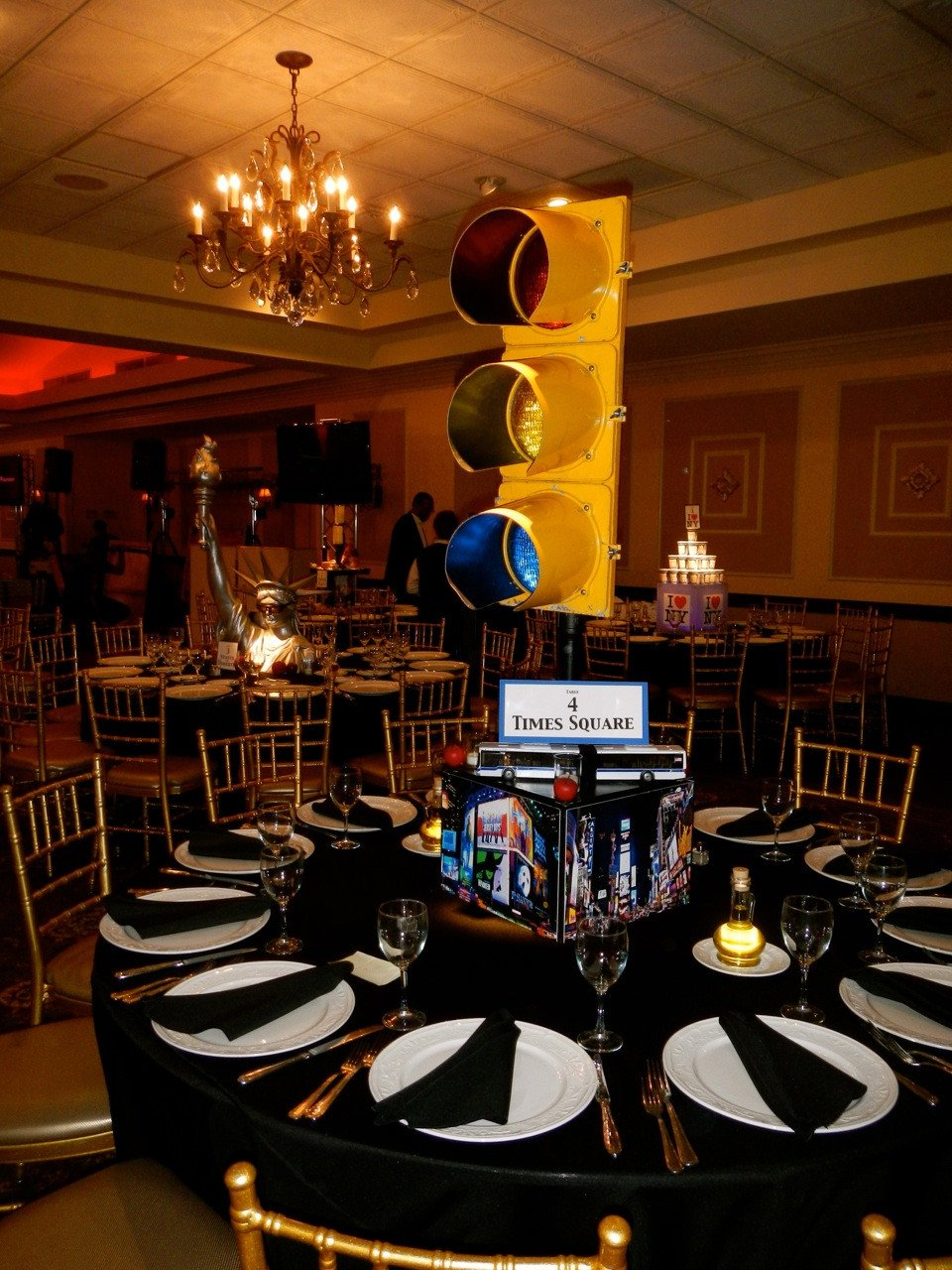 New York themed Home Decor Best Of Nyc theme Bar Mitzvah at Brooklake Country Club — event Decor Nj