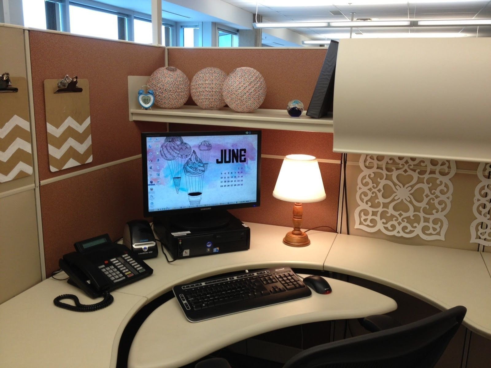 Office Decor Ideas for Work Fresh 20 Cubicle Decor Ideas to Make Your Fice Style Work as Hard as You Do