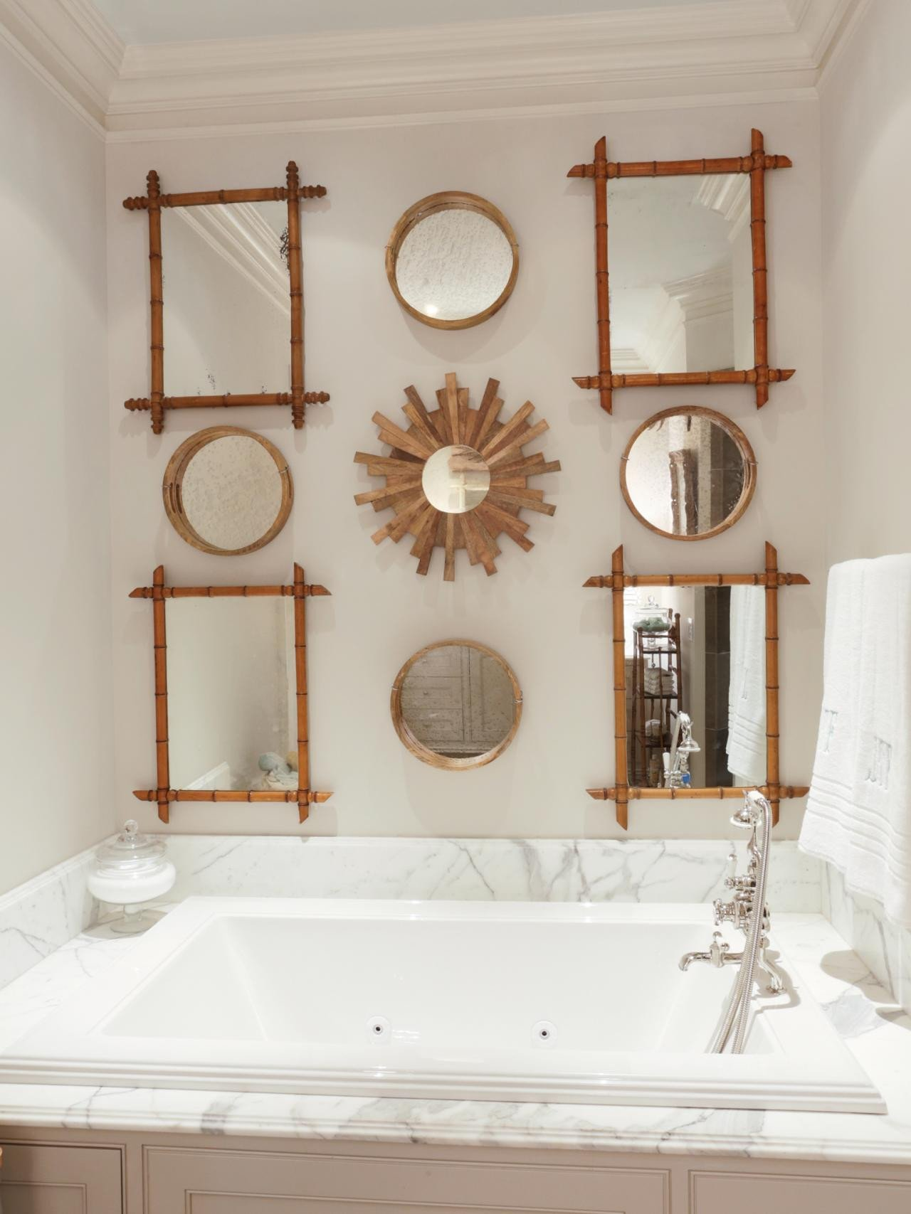 Pictures for Bathroom Wall Decor Luxury the Bathroom Wall Ideas for Beautifying Your Bathroom Midcityeast
