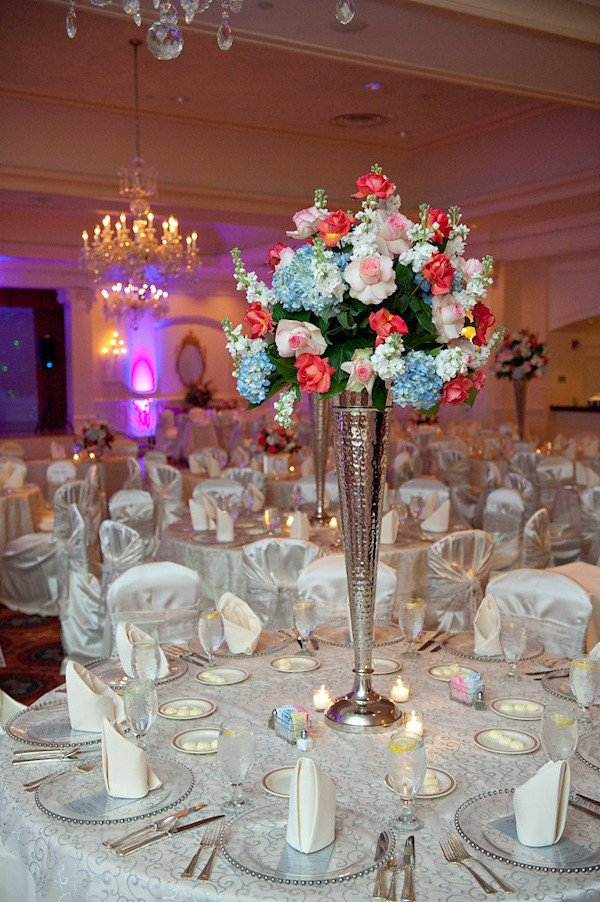 Pink and Blue Wedding Decor Luxury Reception Seating Decoration Dark Pink Light Pink Light Blue Light Green and White Floral