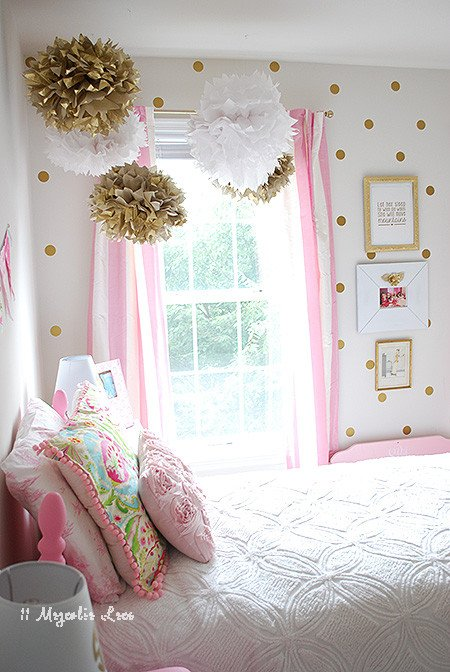 Pink and Gold Bedroom Decor Awesome Girl S Room In Pink White Gold Decor