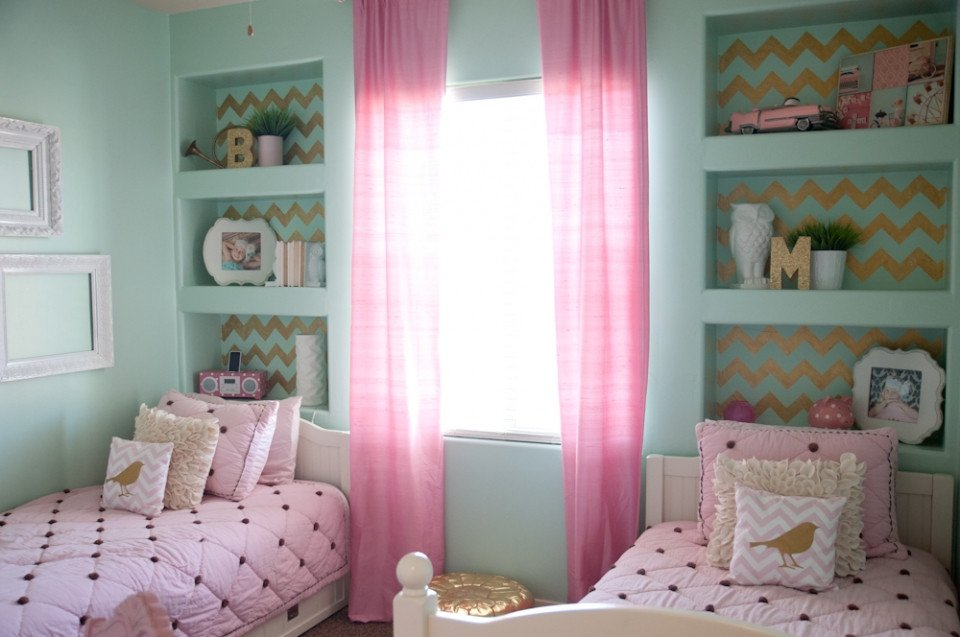 Pink and Gold Bedroom Decor Lovely Gold Pink and Very Chic…little Girls Bedroom Design B Couture Graphy