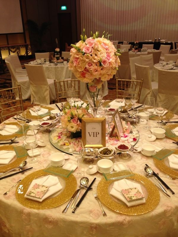 Pink and Gold Wedding Decor Luxury My Vip Table Gold Pink Wedding theme Pinterest
