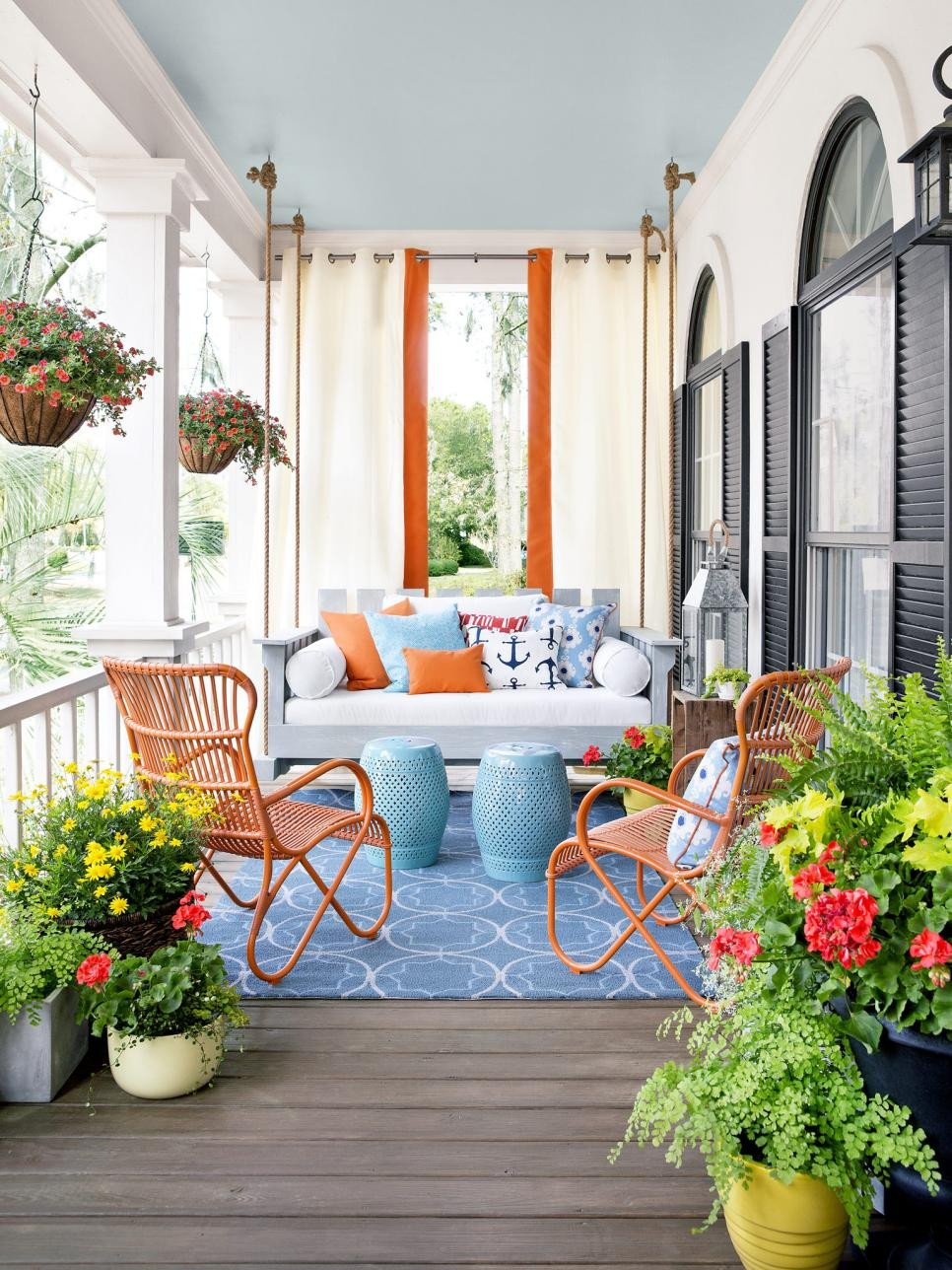 Porch Decor Ideas for Spring Unique 9 Bud Friendly Spring Front Porch Decor Ideas