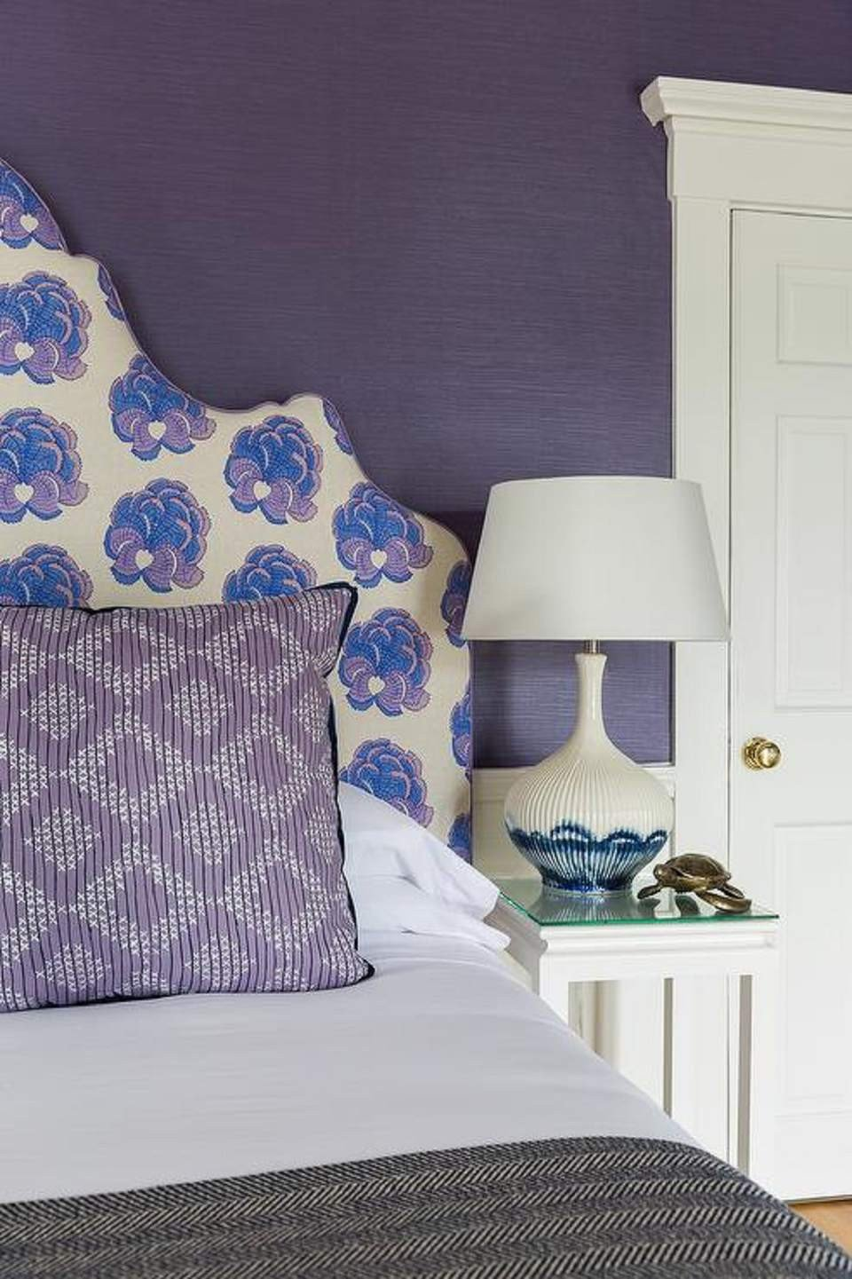 Purple Wall Decor for Bedrooms Lovely Purple Bedrooms Tips and Decorating Ideas