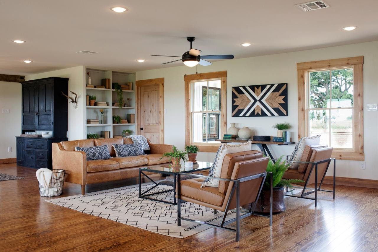 Ranch House Living Room Decorating Ideas Inspirational Joanna S Design Tips southwestern Style for A Run Down Ranch House