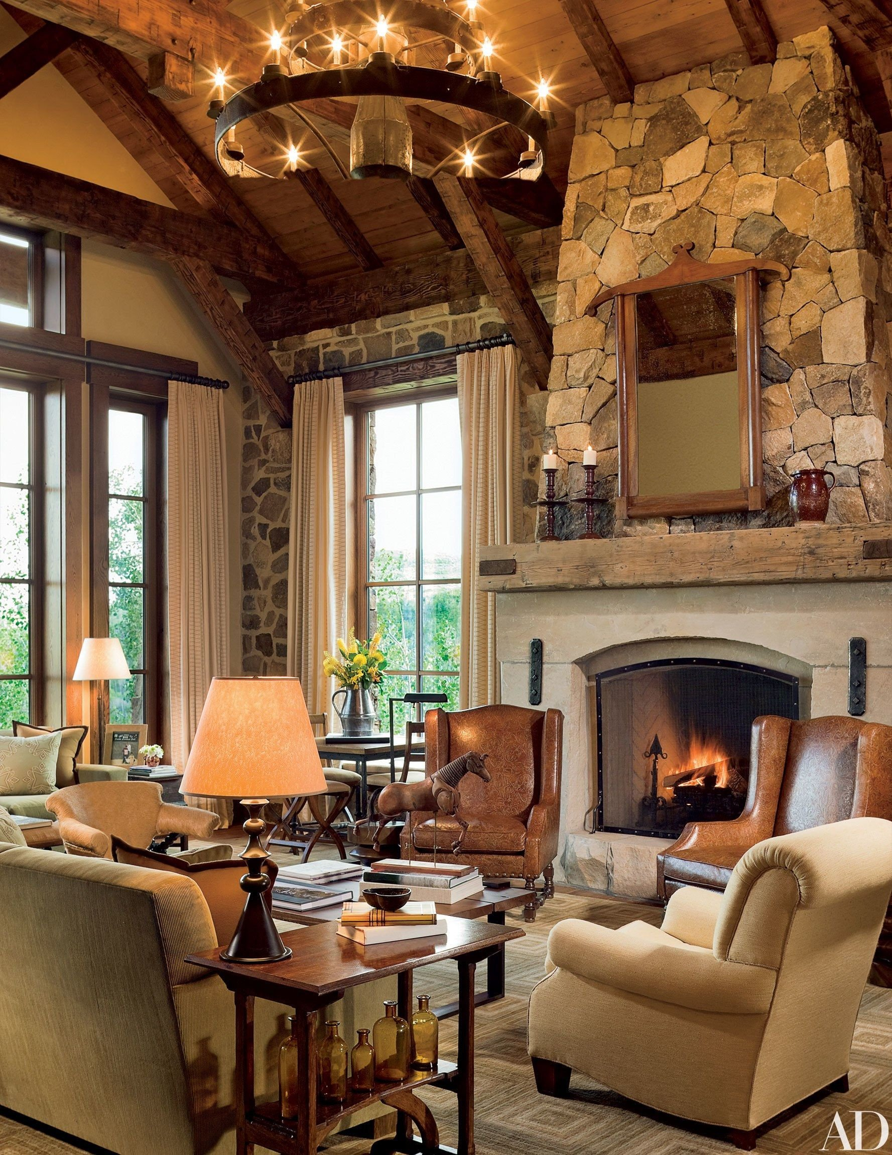 Ranch House Living Room Decorating Ideas Inspirational Ranch Homes that Evoke Classic Country Style Luxurious Livin