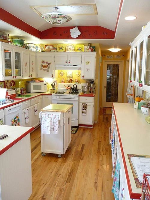 Red and Yellow Kitchen Decor Elegant Lora S Vintage Style Kitchen Makeover Inspired by A Single Franciscan Starburst Dinner Plate