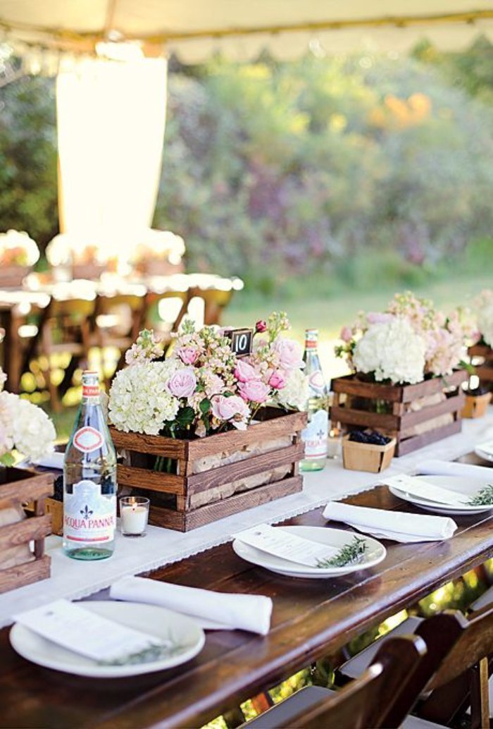 Rustic Table Decor for Wedding Awesome 20 Great Ideas to Use Wooden Crates at Rustic Weddings