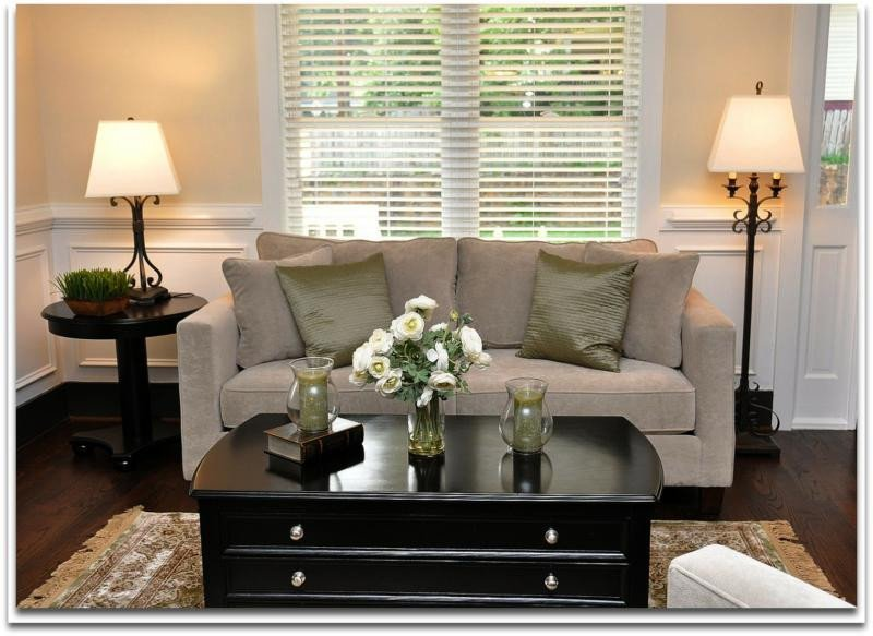 Small Living Room Decorating Ideas Inspirational Home Staging solutions for Decorating A Small Living Room