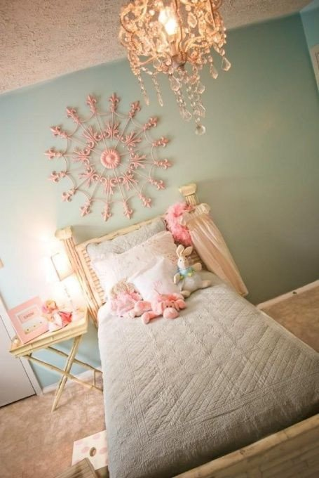 "Toddler Girl Room Decor Ideas Luxury I Love the ""shabby Chic"" Style and I Think This Little Girl S Bedroom Ac Plishes It Well"