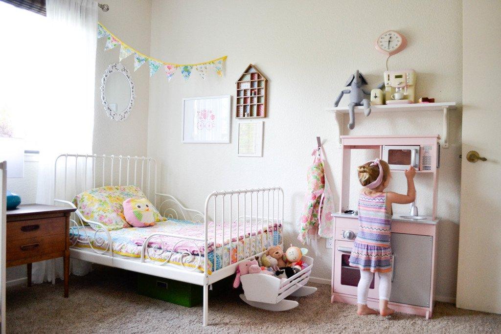 Toddler Girls Room Decor Ideas Elegant D Feminine Vintage Modern toddler Room Project Nursery