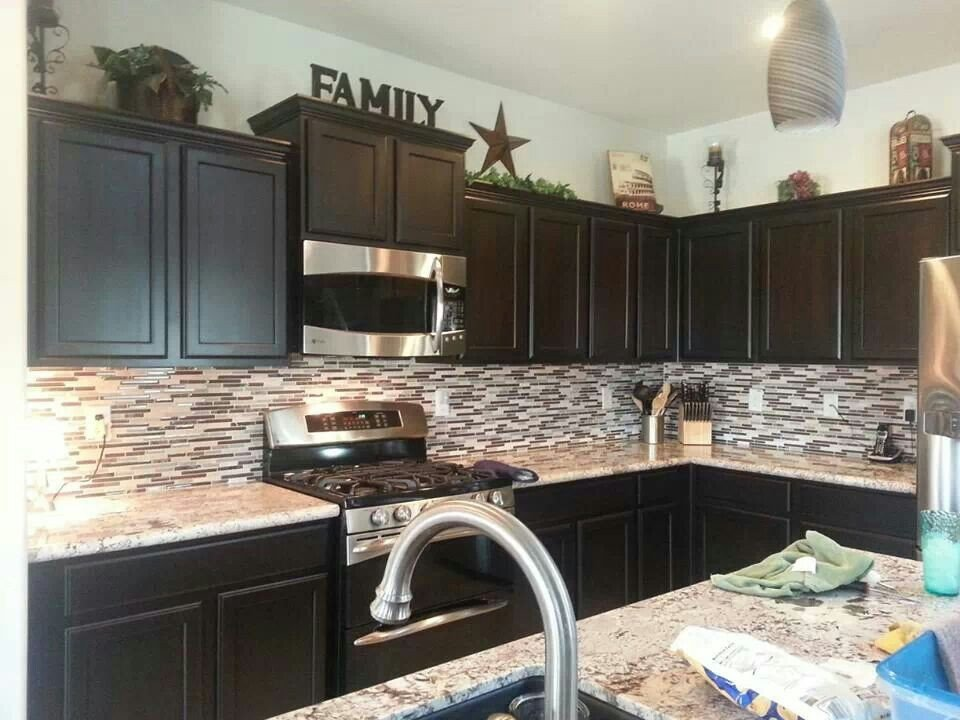 Top Of Kitchen Cabinet Decor Awesome Like the Decor On top Of Cabinets Kitchen In 2019