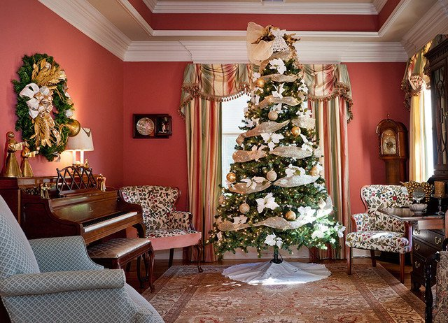 Traditional Christmas Living Room Elegant Christmas Decorating 2 Traditional Living Room Nashville by Design by Julie