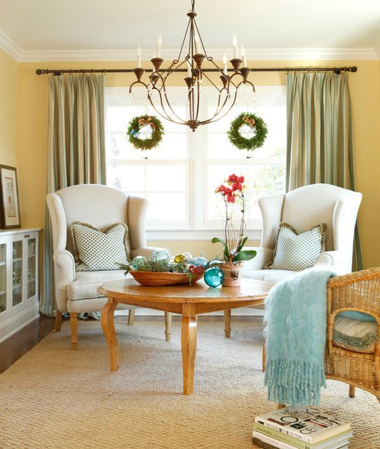 Traditional Christmas Living Room Elegant Christmas Decorating Traditional Living Room Philadelphia by Aj Margulis Interiors