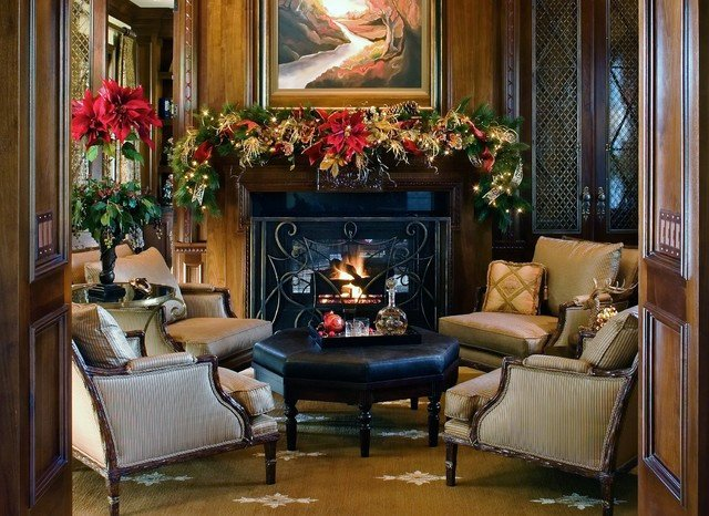 Traditional Christmas Living Room Elegant Traditional Red Green and Gold Christmas Decorations Traditional Living Room San Go