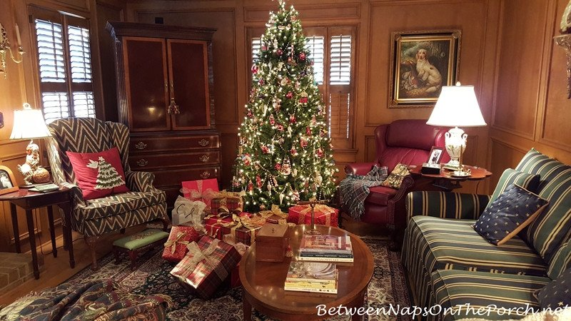 Traditional Green Living Room New Traditional Christmas Decorating In Red and Green with Plaids and Tartans
