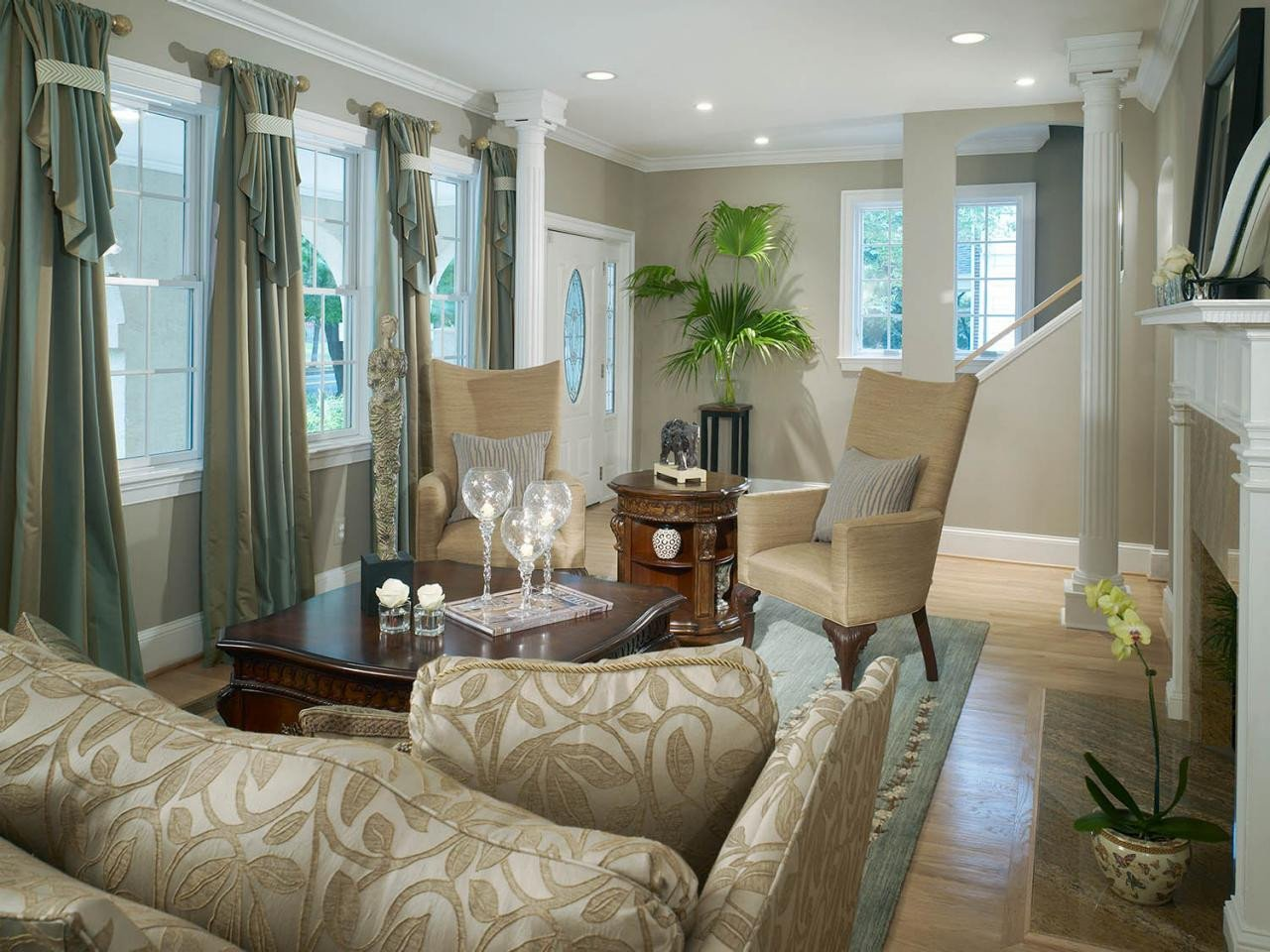 Traditional Small Living Room Awesome Traditional Living Room Mixes Old with New Shelley Rodner