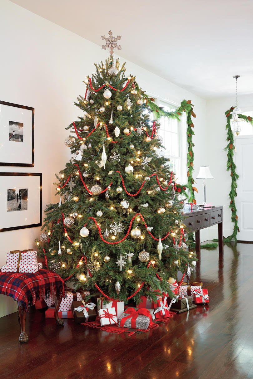 Tree Decor for Living Room Elegant Our Favorite Living Rooms Decorated for Christmas southern Living