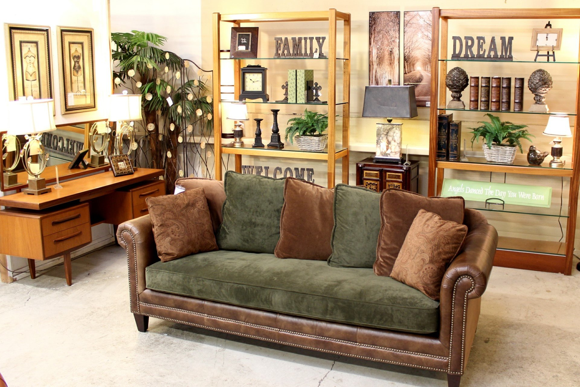 Upscale Consignment Furniture and Decor Best Of Upscale Consignment Furniture & Decor Se 82nd Dr Gladstone or Yp