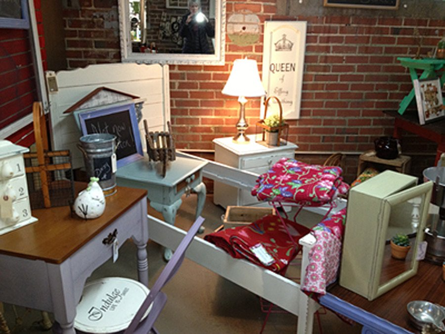 Upscale Consignment Furniture and Decor New Upscale Consignment Home Decor Antiques and More the Marketplace On Locust