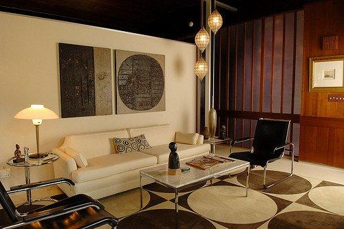 Vintage Contemporary Living Room New Steven Updates His 1957 Alcoa Aluminum House Retro