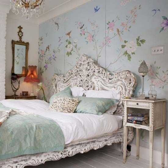 Vintage Wall Decor for Bedroom New 31 Sweet Vintage Bedroom Décor Ideas to Get Inspired Digsdigs