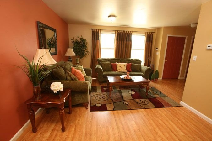 Wall Decor for Family Rooms Elegant 40 Best Images About Best Types Of Family Room On Pinterest