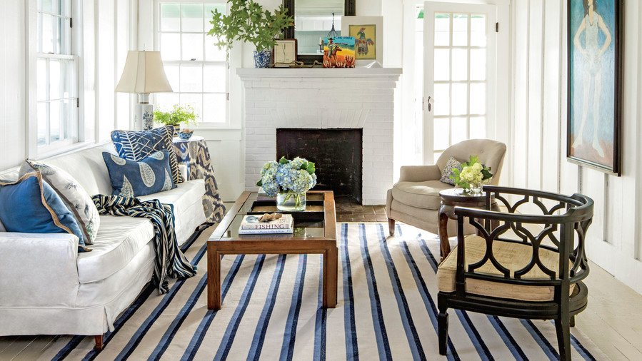 Wall Decor for Small Spaces Beautiful Small Space Decorating Tricks southern Living