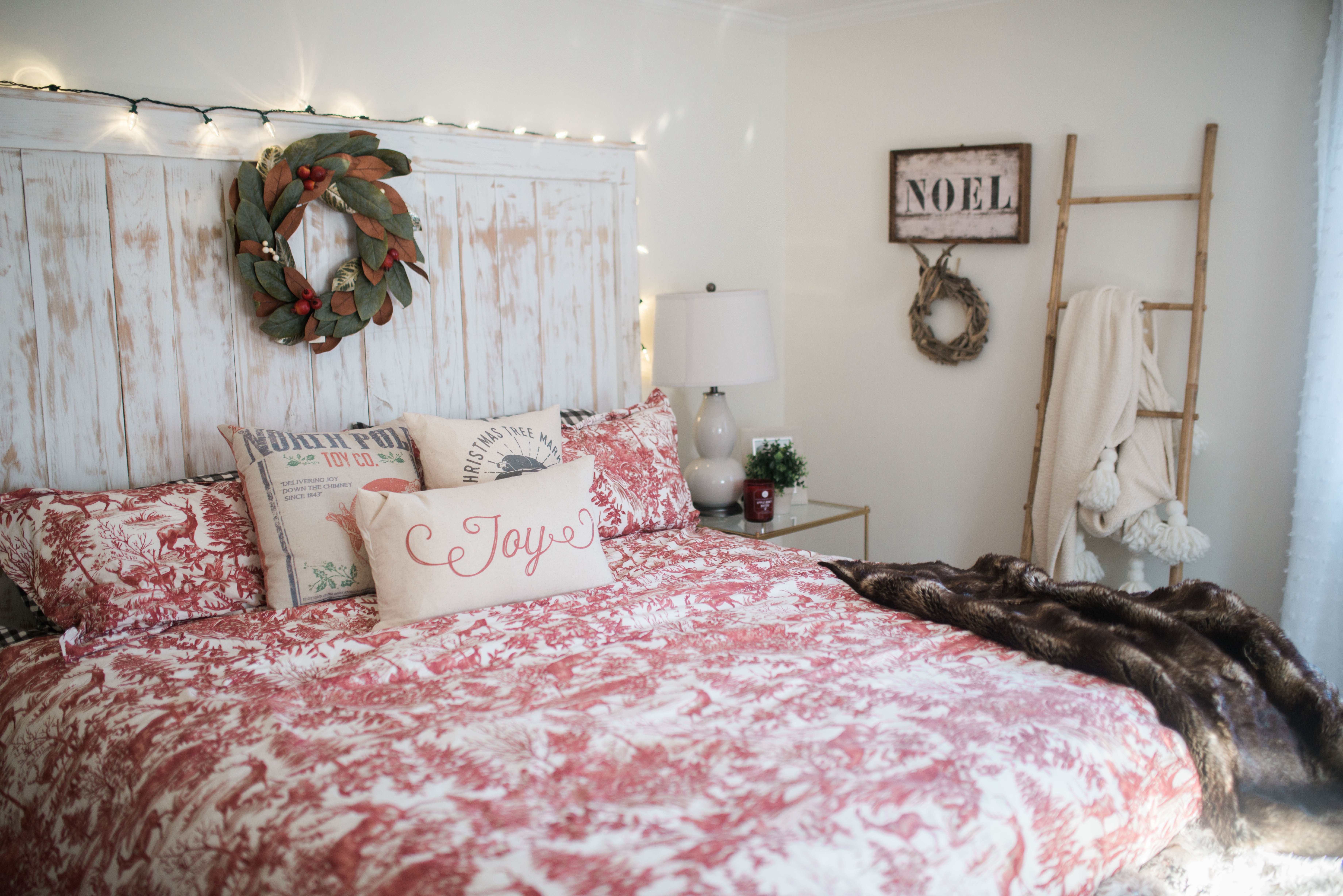 Wall Decor Ideas for Bedroom Fresh Our Bedroom Holiday Decor Bedroom Wall Decorations