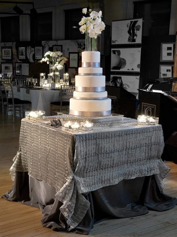 Wedding Cake Table Decor Ideas Best Of Stunning Wedding Cake Table Skirt Décor Ideas